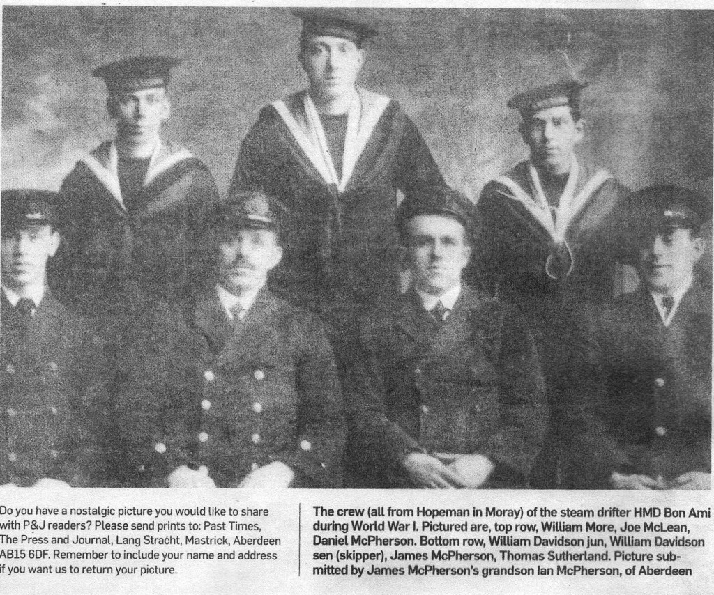 "1917 - Crew of the Hopeman Drifter ""Bon-Ami"" requisitioned by the Navy"