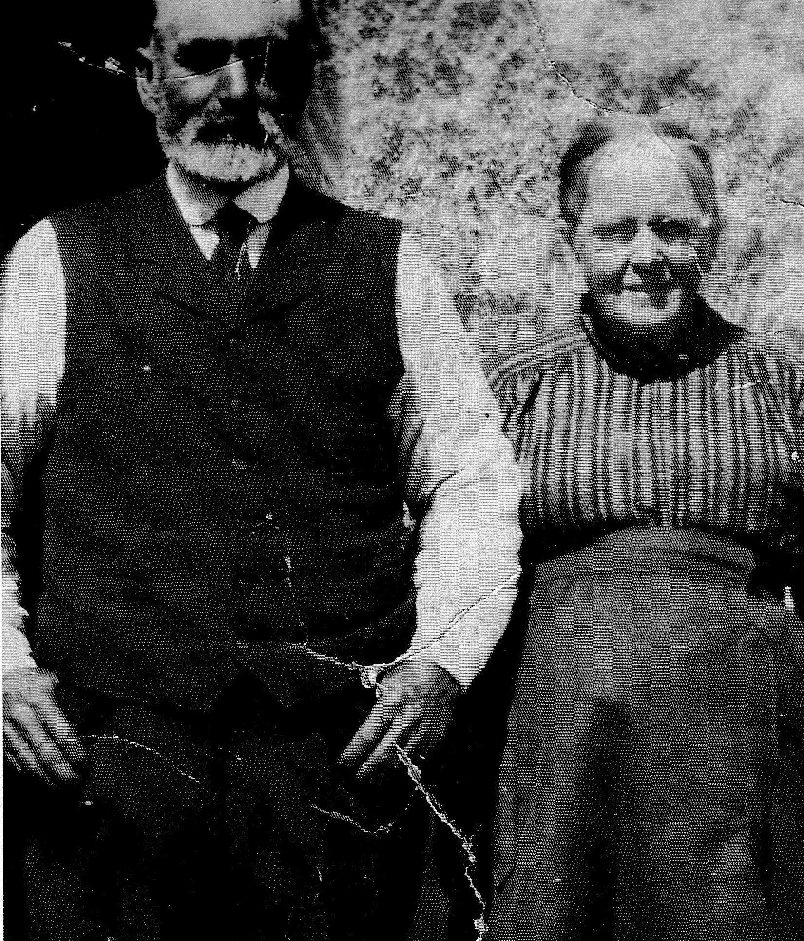 1930s-Danack More & Margaret Slater (Queen)